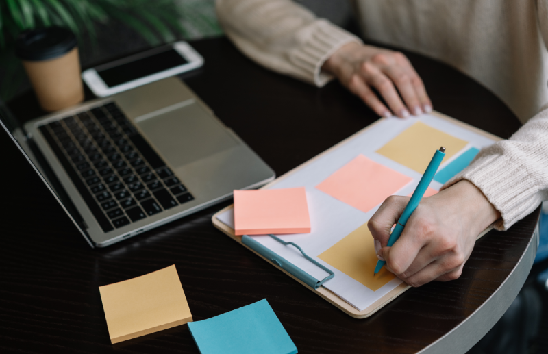 Scrum Master VS Project Manager: What's The Difference?